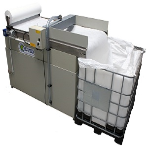 Automated filtration belt Skimmer for water laden with straight and soluble oil, high capacity