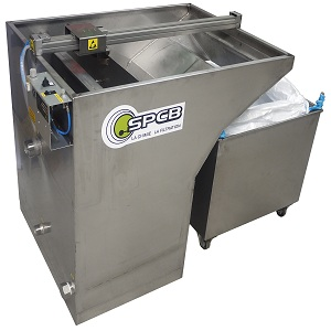 Compact skimming machine to filter paint overspray or glue waste water in paint booths with water curtain